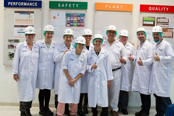 Associates at the cocoa bean  processing plant  (Makassar) Web Version